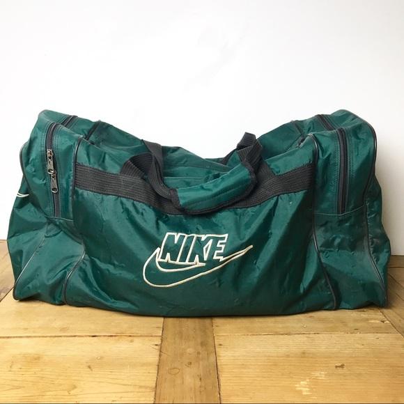 Vintage Nike Swoosh Duffle Gym Bag w  Logo Large. M 5b51105f10fc5437a7e660fb 7670bf9387c46